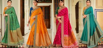 5 Stylish Saree Looks You Should Try for Durga Pooja in 2021